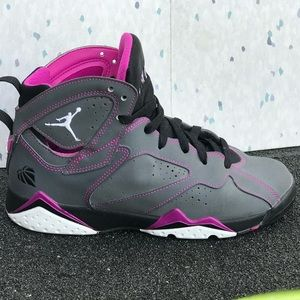 Nike Air Jordan 7 Retro. Sz 7.5Y (Wmn's 9)